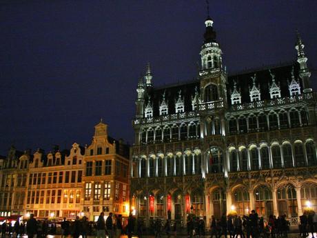 историческая площадь ночью