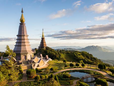 chrámy na vrcholu