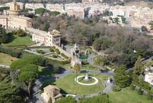 výhled z kupole baziliky, Vatikánské zahrady