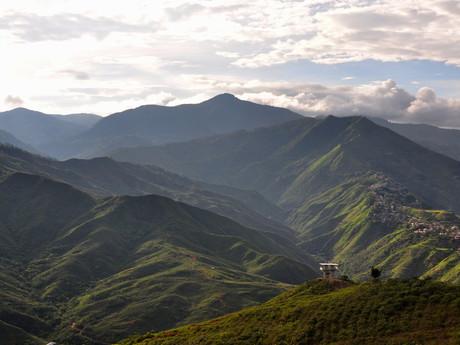 výhled na okolní hory