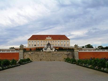 zámek Schloss Hof
