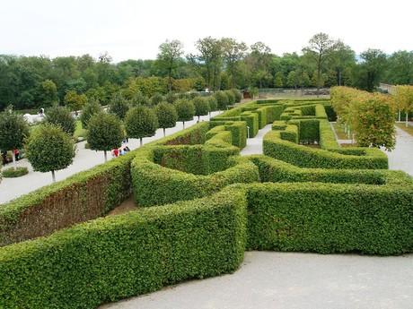 замок Шлоссхоф – сады