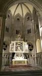 oltář v bazilice