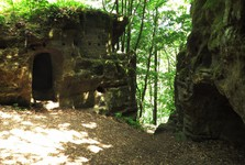 valečovské skalní byty