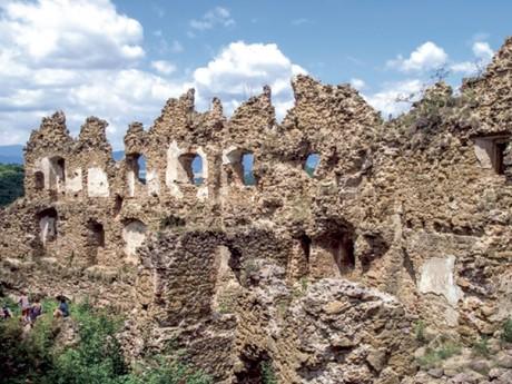 hrad Šášov