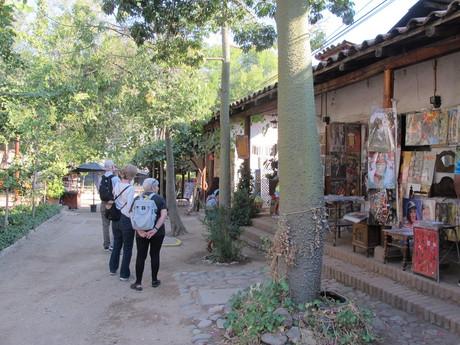 trhy místních umělců