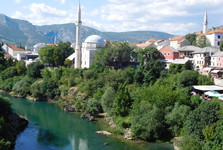 the vista from the Stari Most – Koski Mehmed-Pasha mosque