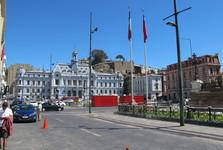здание армии на площади