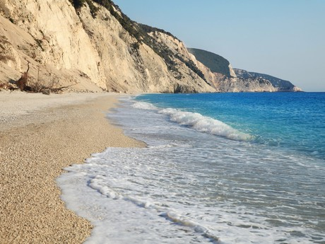 Лефкас, пляж Egremmi