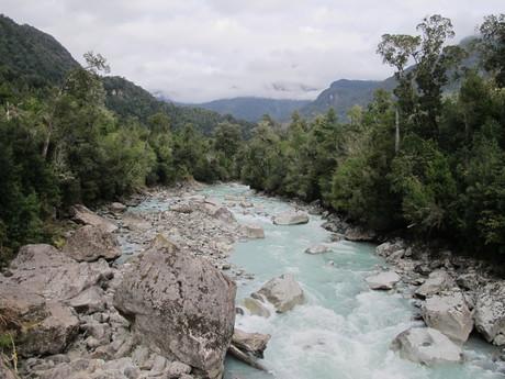 divoká rieka v Hornopiréne