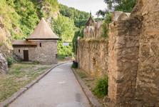vstupní brána do hradu