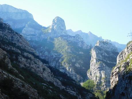 cesta horskými masívmi