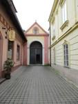 vstup do Svatohorských schodů z Dlouhé ulice