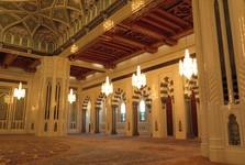 interiér mešity sultána Kabuse