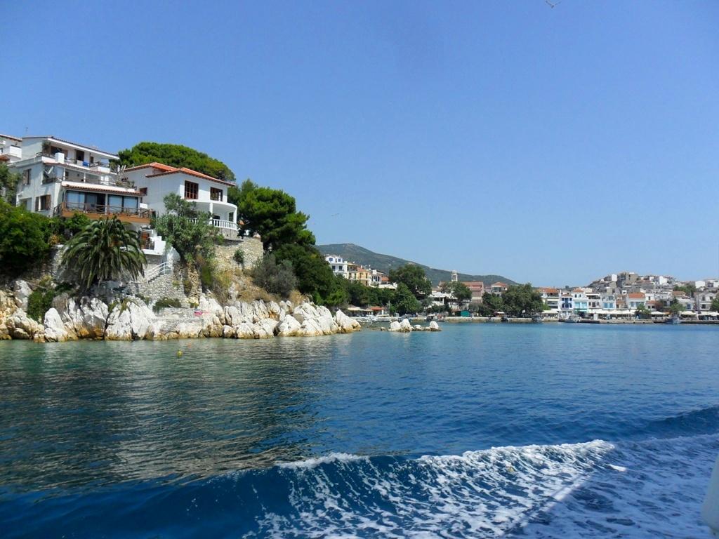 Греция, Скиатос — остров прекрасных пляжей ()