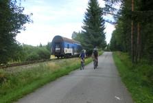 vlak jezdí pravidelně